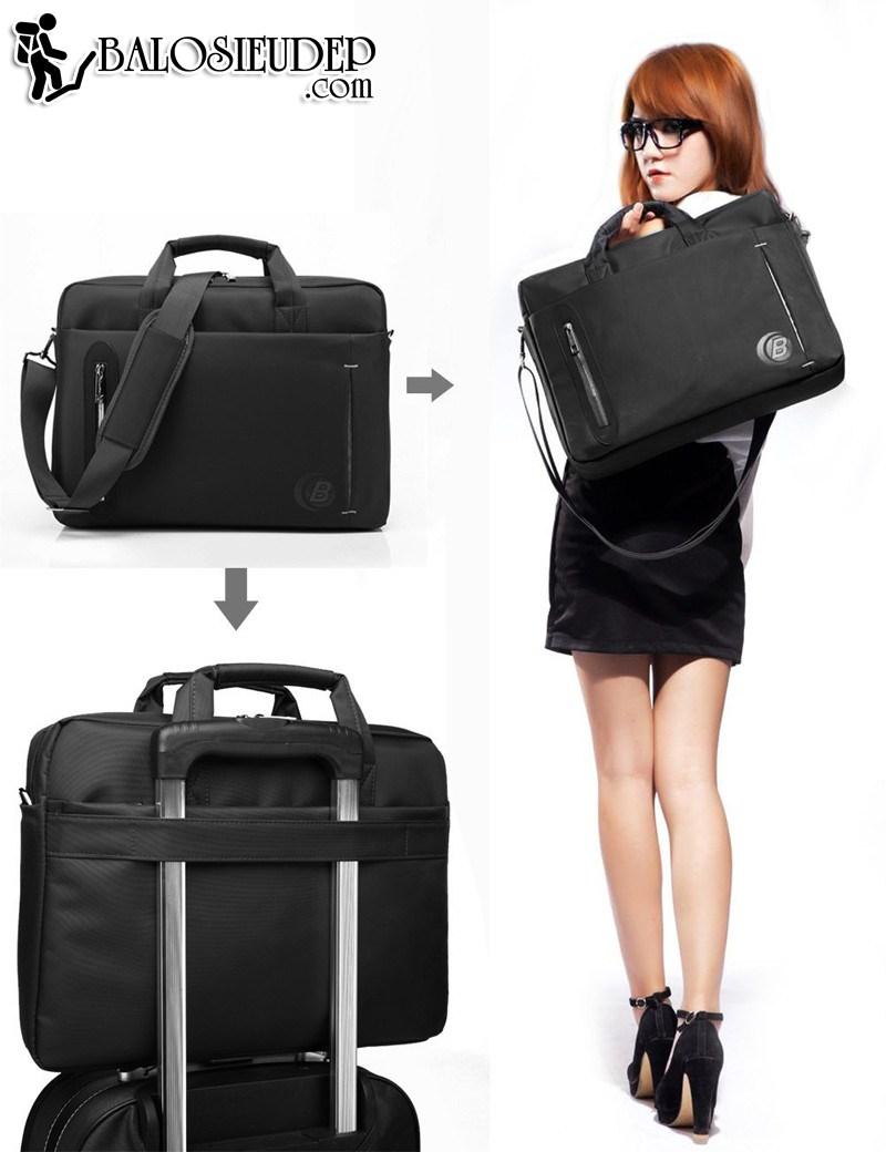 Dây dai được thiết kế gắn với vali cực chắc chắn của Cb2619